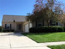 7067 Longwater Dr, Maumee, OH 43537