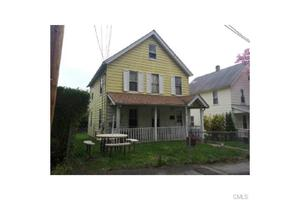 18 Lubrano Pl, Norwalk, CT 06854