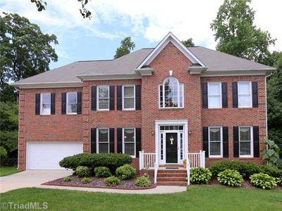 8 Hart Ridge Ct - Greensboro, NC27407