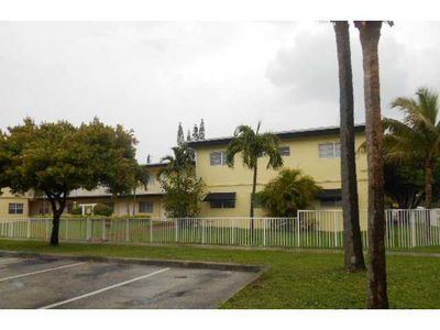 16851 Ne 21st Ave Apt 10, North Miami Beach, FL