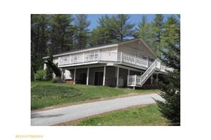 54 Haskell Ave, Raymond, ME 04071