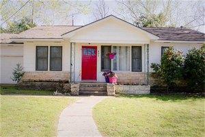 806 Durden St, Brenham, TX 77833