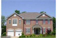 8264 Trailwood Ct, Vienna, VA 22182
