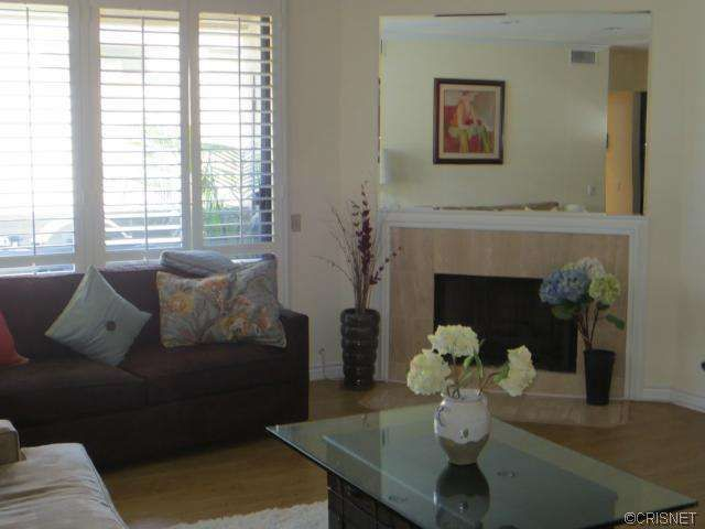 4707 Willis Ave Apt 204 Sherman Oaks, CA 91403