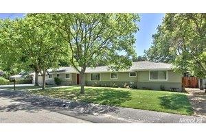 2870 Joseph Ave, Sacramento, CA 95864