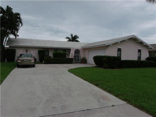11886 Hemlock St, Palm Beach Gardens, FL 33410