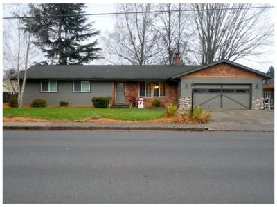 702 Nw 19th St, Mcminnville, OR