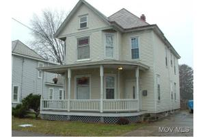 422 Columbia Ave, Williamstown, WV 26187