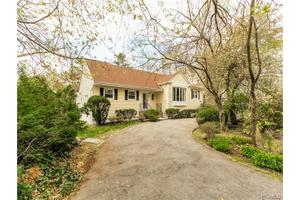 274 Mamaroneck Rd, Scarsdale, NY 10583