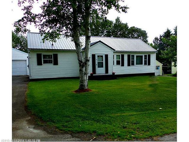 11 hoover ave caribou me 04736