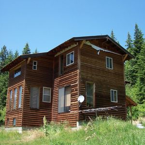 898 Gold Cup Mountain Rd, Priest River, ID