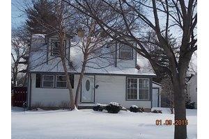 125 S Pine St, Palatine, IL 60067