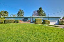 6409 N 42nd St, Tacoma, WA 98407