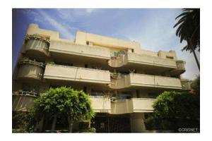 4943 Rosewood Ave # 202, Los Angeles (City), CA 90004