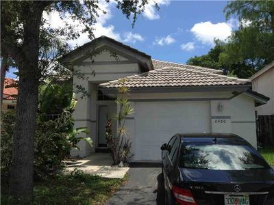 2660 Nw 70th Ave, Margate, FL