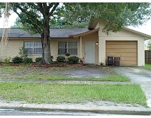 6628 Winding Oak Dr, Tampa, FL 33625