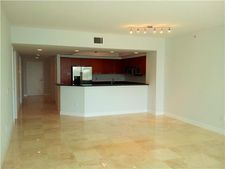 15051 Royal Oaks Ln Apt 502, North Miami, FL 33181