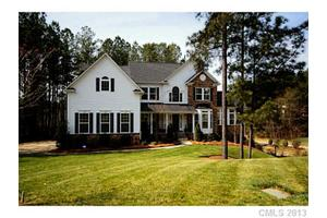 117 Silvercliff Dr, Mount Holly, NC 28120