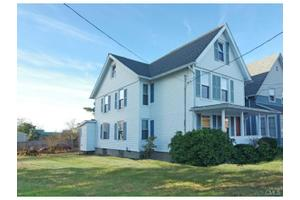 181 Brewster St, Bridgeport, CT 06605