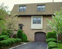 2901 Oaks Blvd N Unit 1, North Brunswick, NJ 08902