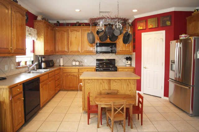 3513 amador dr fort worth tx 76244 for Kitchen cabinets 76244