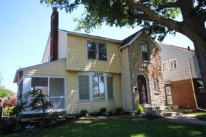 2926 Wicklow Rd, Columbus, OH 43204