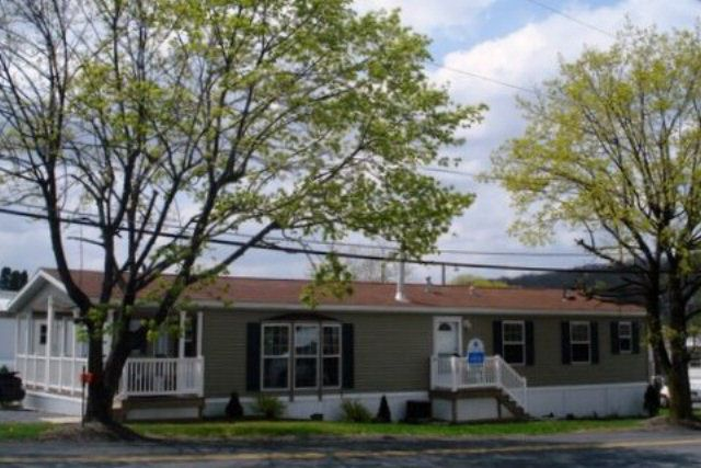 7 Hilltop Mobile Home Park, Schuylkill Haven, PA 17972 ...