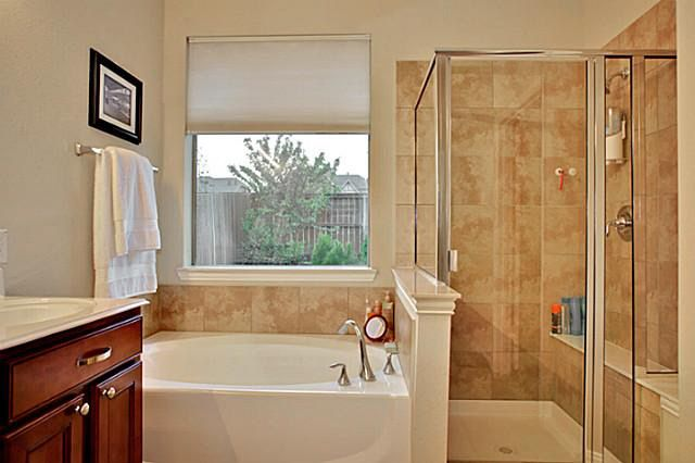 12521 nordland ln fort worth tx 76244 for Bathroom remodel 76244