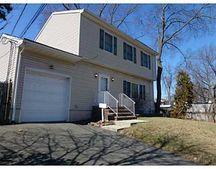 1067 Thayer Ave, Avenel, NJ 07001