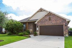 8618 E Windhaven Terrace Trl, Cypress, TX 77433