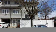 162 Hurlbert St, Staten Island, NY 10305