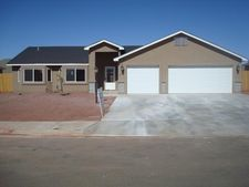 1712 College Park Dr, Clovis, NM 88101