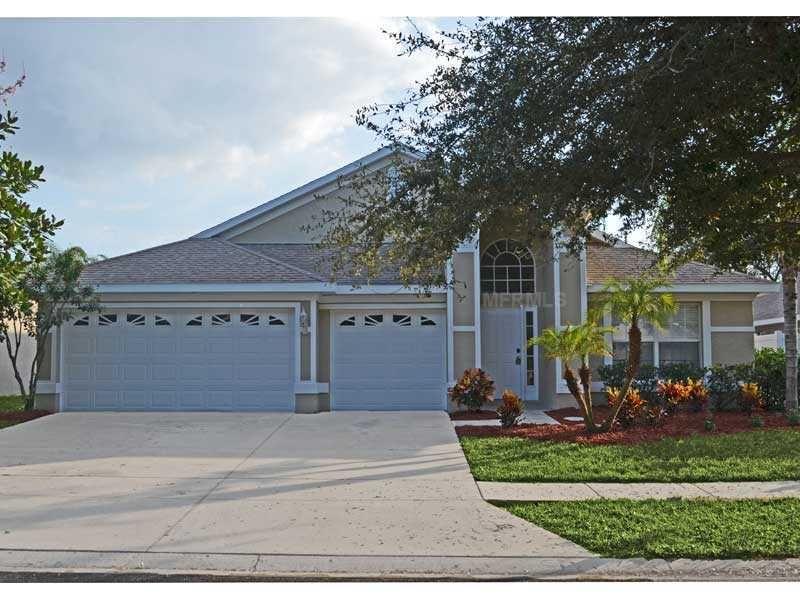 1266 Paradise Lake Dr, Tarpon Springs, FL 34689