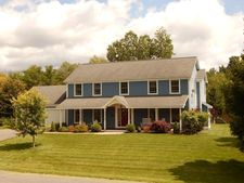 19 Juliana Dr, Pittsfield, MA 01201