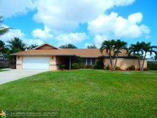 3863 Dorrit Ave, Boynton Beach, FL 33436
