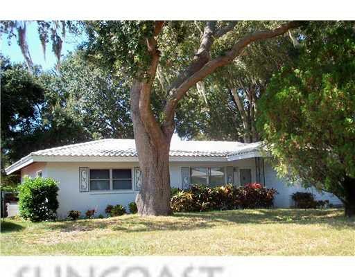 2329 Indigo Dr, Clearwater, FL 33763