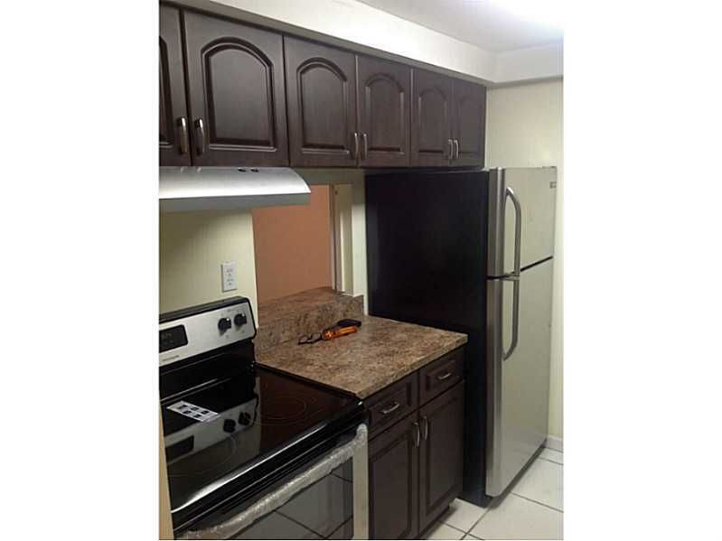 bedroom set with storage 14401 sw 88th st apt 111 miami fl 33186 realtor 174 14401