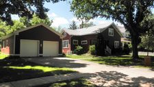 813 W 4th Ave, Mitchell, SD 57301