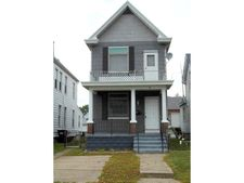 4 Walnut St, Elmwood Place, OH 45216