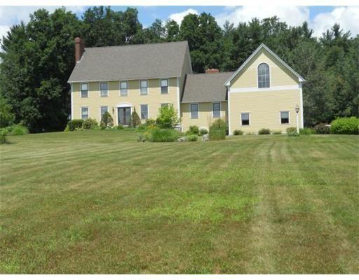 27 Birch Meadow Rd, Merrimac, MA 01860