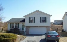 165 Wildflower Creek Dr, Martinsburg, WV 25404