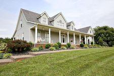 587 W Laurel River Dr, Shepherdsville, KY 40165