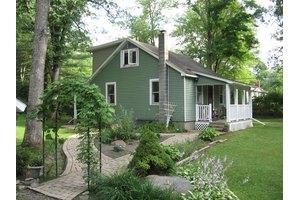 280 N Easton Belmont Pike, Stroudsburg, PA 18360