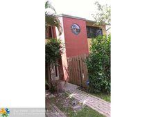 315 City View Dr, Fort Lauderdale, FL 33311