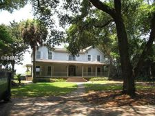 9 Sunset Blf, Beaufort, SC 29907
