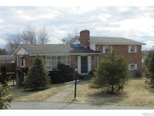 132 Lexington Dr, Newburgh, NY 12550
