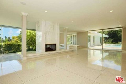 1120 Shadow Hill Way, Beverly Hills, CA 90210