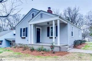 9 Lowndes Ave, Greenville, SC 29607