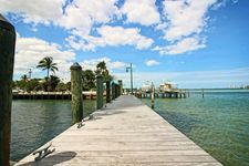 2650 Lake Shore Dr Unit P101, Riviera Beach, FL 33404