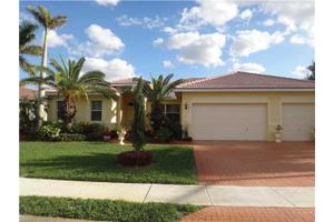 15976 SW 4th St, Pembroke Pines, FL 33027